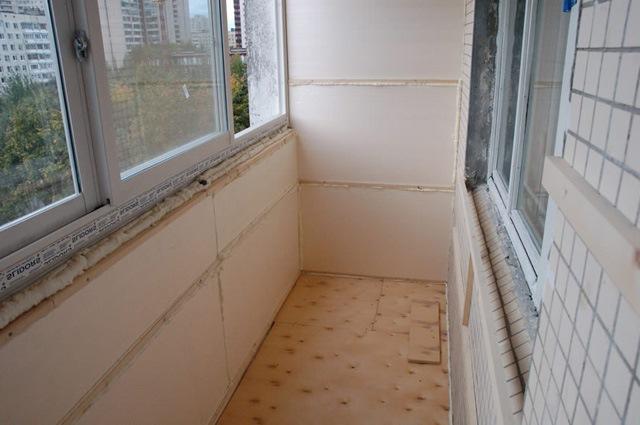 Как подсчитать расходы на утепление балкона